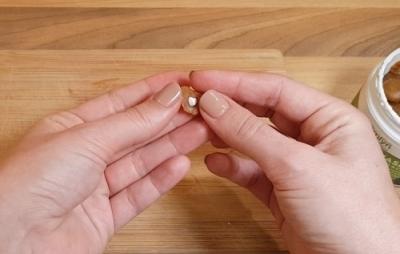 Tablette in Spezialleckerli versteckt